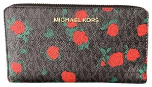 Michael Kors Michael kors Jet Set Travel mf phone Wristlet wallet red roses