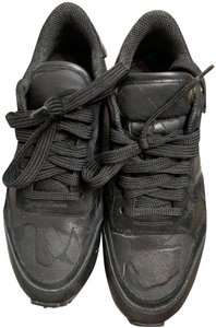 Giovanni Valentino Rockstar Sneakers Sneakers Rockstud Camouflaged Sneakers Black Athletic