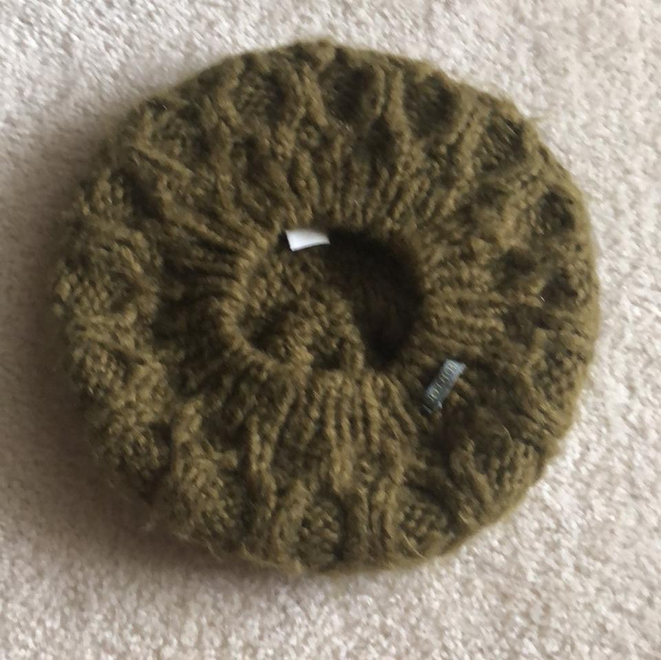 c11ec5fd3c2 Burton Army Green Winter Hat - Tradesy