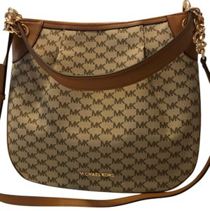 bd7d10c2ec9f Beige MICHAEL Michael Kors Bags - Up to 90% off at Tradesy