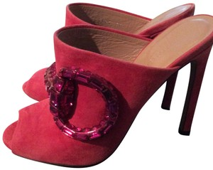 6900674f6 Women's Pink Gucci Shoes - Up to 90% off at Tradesy