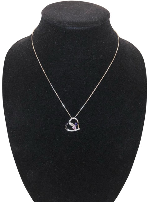Unbranded Silver Heart Pendant Necklace Unbranded Silver Heart Pendant Necklace Image 1