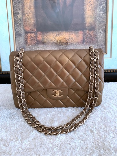 Chanel Lambskin Jumbo Double Flap Cross Body Bag Image 2