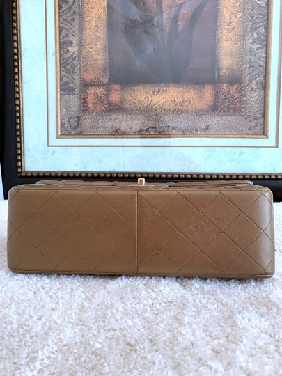 Chanel Lambskin Jumbo Double Flap Cross Body Bag Image 4