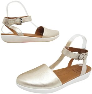 6e3516c0207d Women s FitFlop Shoes - Up to 90% off at Tradesy