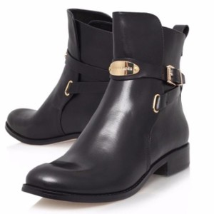 8b3705a4925e Michael Kors Boots   Booties - Up to 90% off at Tradesy