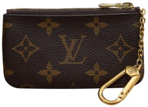 Louis Vuitton Louis Vuitton Monogram Key Pouch