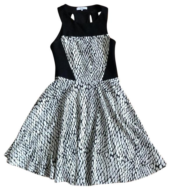 Parker Black and White Fitted Cutout Bodice Full Skirt Short Casual Dress Size 0 (XS) Parker Black and White Fitted Cutout Bodice Full Skirt Short Casual Dress Size 0 (XS) Image 1