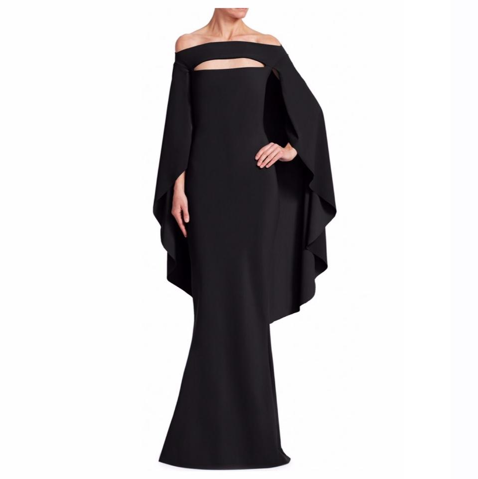 La Petite Robe di Chiara Boni Black Off-the-shoulder Cape Long ... b802f4274