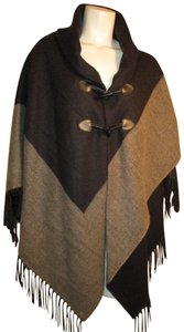 Collection Fringed 005 Cape