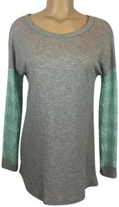Anthropologie T Shirt Gray/Blue