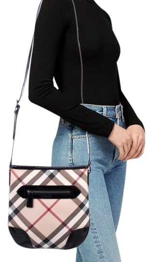 Preload https://img-static.tradesy.com/item/24673846/burberry-exploded-check-leather-cross-body-bag-0-2-540-540.jpg