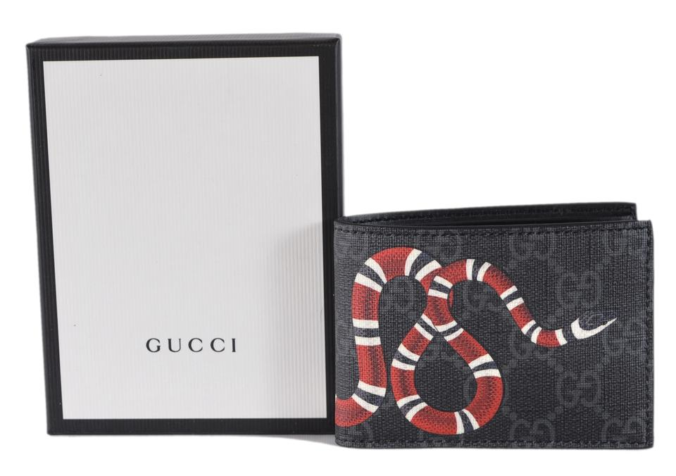 495d5823085 Gucci NEW Gucci Men s Grey GG Supreme Canvas King Snake Small Bifold Wallet  Image 5. 123456