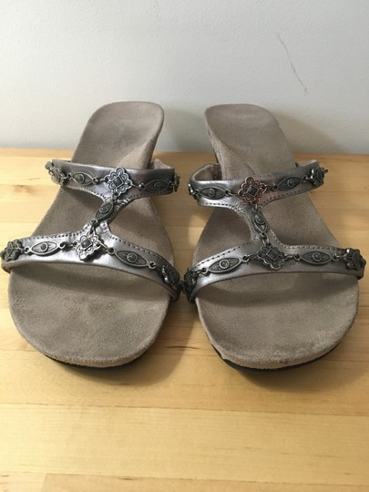 Minnetonka Chain Silver Sandal Pewter Wedges Image 2