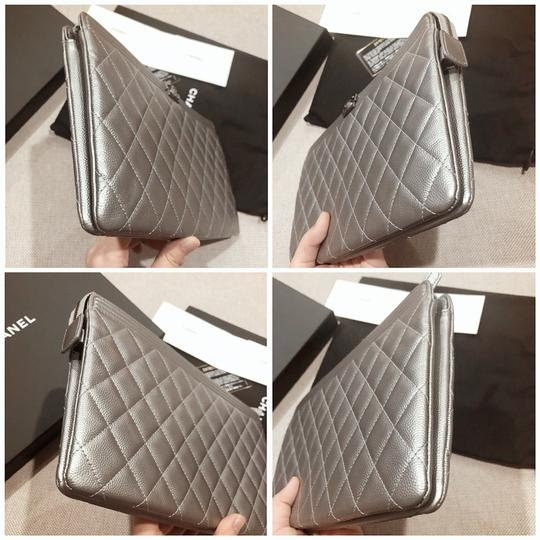 Chanel Silver Clutch Image 9