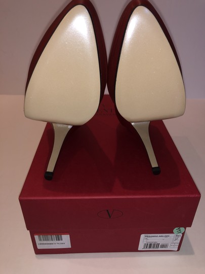 Valentino Leather Red Pumps Image 8