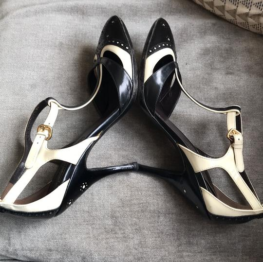 Céline T-strap Leather Heels Black and ivory Pumps Image 7