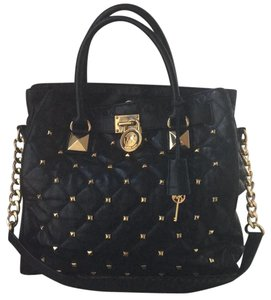 e26e94e8ca Michael Kors Tote in Black and Gold Hardware