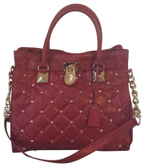 Preload https://img-static.tradesy.com/item/24674443/michael-michael-kors-large-quilted-hamilton-red-with-gold-hardware-lambskin-leather-silk-and-metal-t-0-1-540-540.jpg