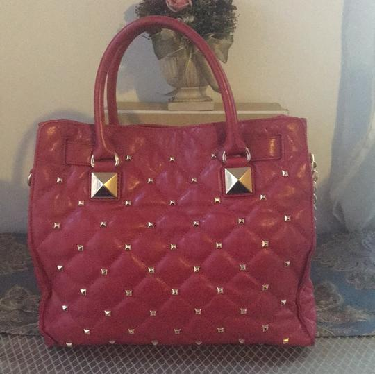 MICHAEL Michael Kors Tote in Red with Gold Hardware Image 3