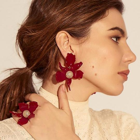 Lele Sadoughi BRAND NEW Lele Sadoughi Raspberry Red Crystal Lily Flower Earrings Image 4