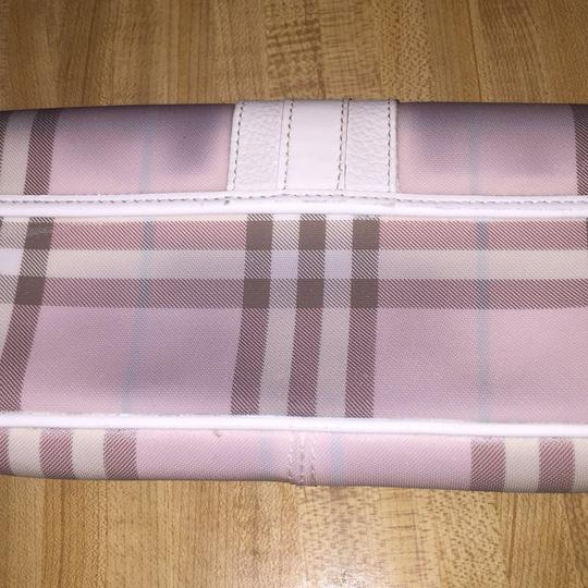 Burberry pink Clutch Image 2