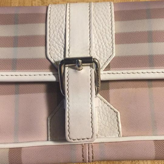Burberry pink Clutch Image 3