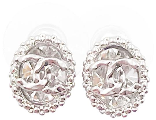 Preload https://img-static.tradesy.com/item/24674694/chanel-silver-cc-oval-crystal-stud-small-piercing-earrings-0-1-540-540.jpg