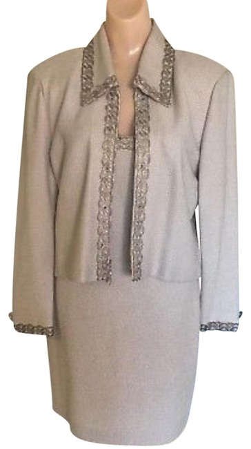 Preload https://img-static.tradesy.com/item/24674708/st-john-ivory-evening-by-marie-gray-2-piece-jacket-night-out-dress-size-6-s-0-4-650-650.jpg