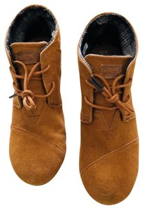 TOMS Classic Suede Casual Wedge Wide Brown Boots