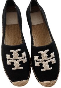 f914e45cf138 Women s Beige Tory Burch Shoes - Up to 90% off at Tradesy