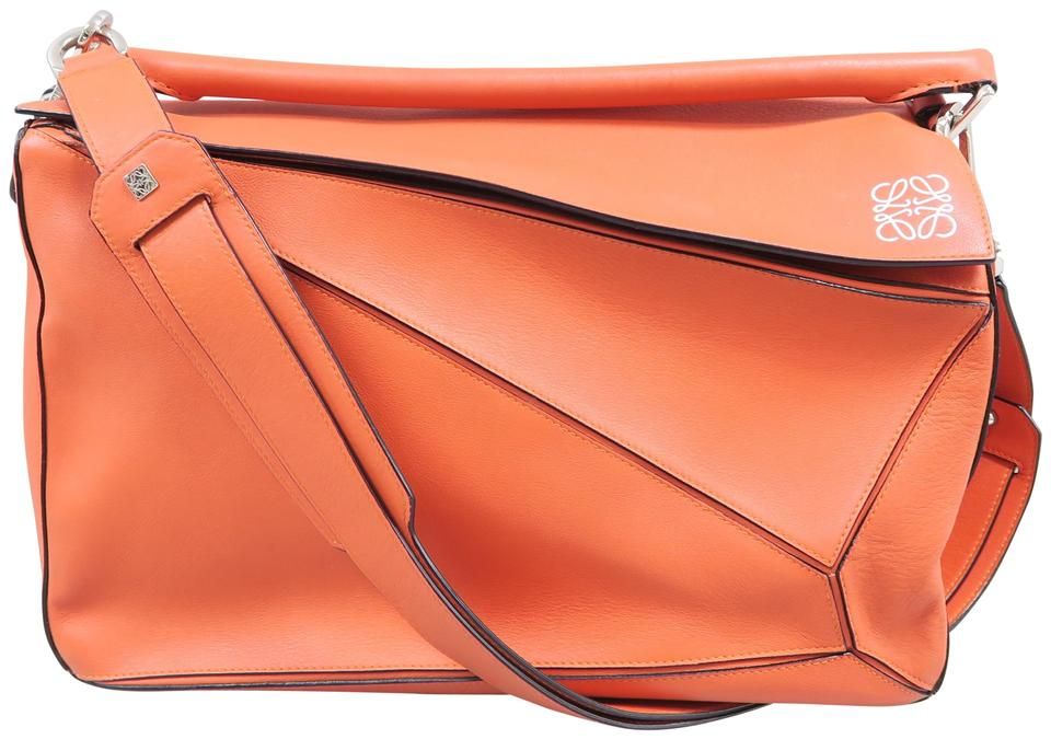 Loewe Puzzle Cross Body Orange Calfskin Laptop Bag - Tradesy Loewe Puzzle Cross Body Orange Calfskin Laptop Bag - Tradesy Orange Things orange z laptopem