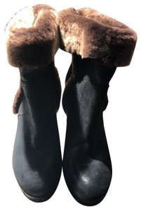Tory Burch Black with brown fur Boots