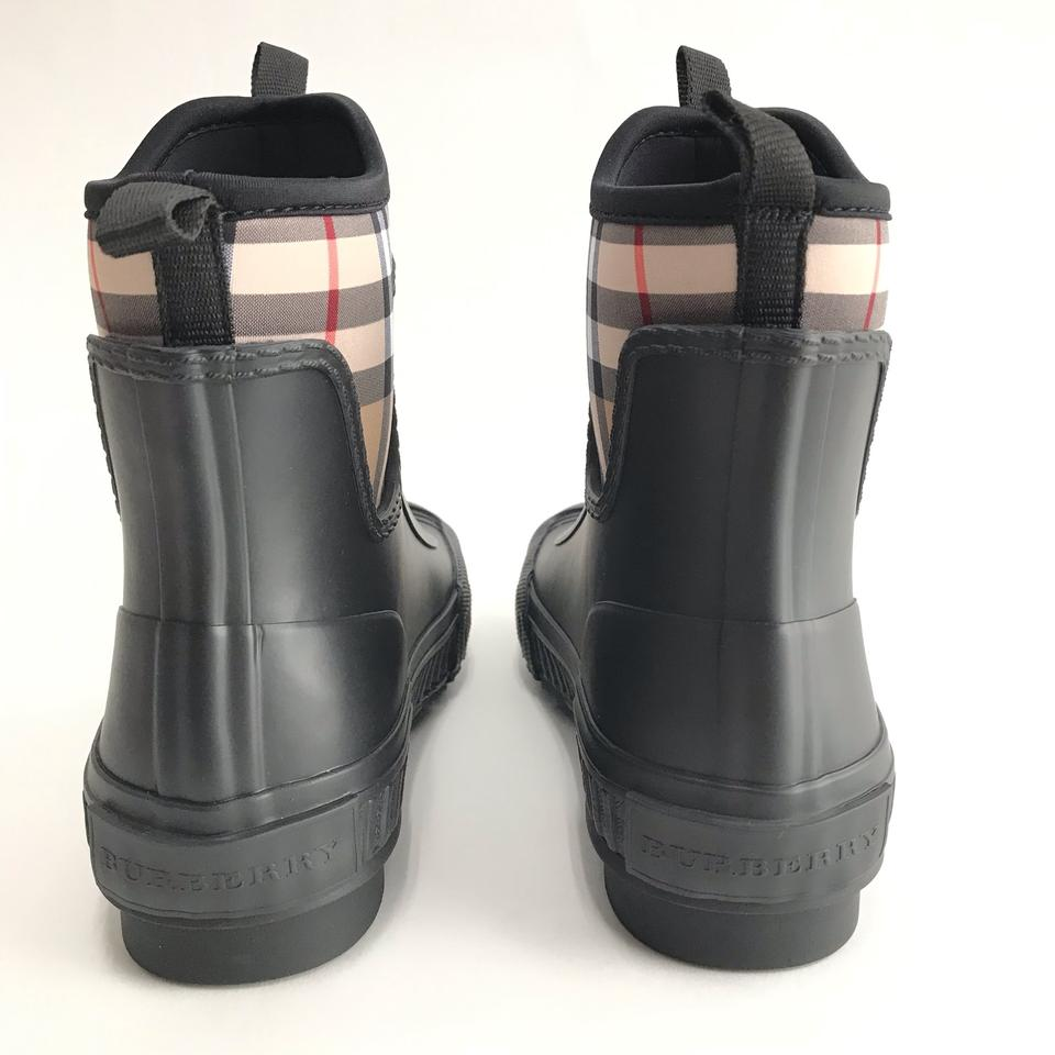 2d1a15d7d Burberry Black Check Vintage Neoprene and Rubber Rain Eur Boots/Booties  Size EU 35 (Approx. US 5) Regular (M, B) - Tradesy