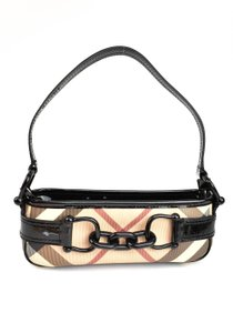 675c14b9b909 Black Burberry Shoulder Bags - Up to 90% off at Tradesy