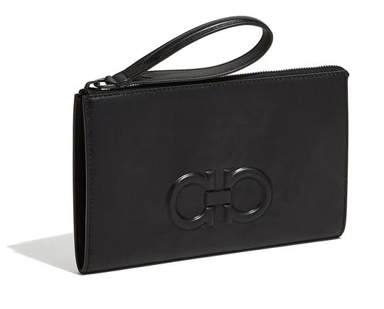 Preload https://img-static.tradesy.com/item/24680436/salvatore-ferragamo-gancini-travel-organizer-black-leather-clutch-0-0-540-540.jpg