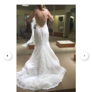 Demetrios Off White Lace Bridal Gown Feminine Wedding Dress Size 12 (L)