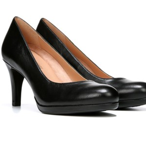 9678f75b978 Women s Pumps - Up to 90% off at Tradesy