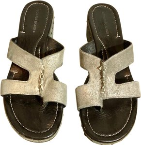 Donald J. Pliner Wedge Unique Toe Loop pewter Sandals