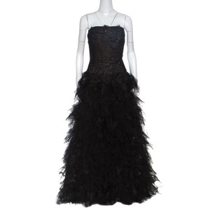 Tadashi Shoji Black Polyester Tulle Embroidered Faux Feather Strapless Gown M Casual Wedding Dress Size 8 (M)