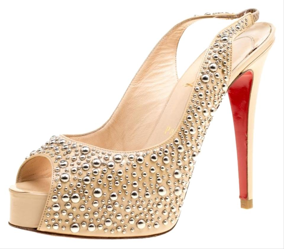 de385f9d359 Christian Louboutin Beige Studded Patent Leather Star Prive Peep Toe ...