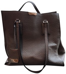 Grey Burberry Bags - Up to 90% off at Tradesy 54708ec6b7