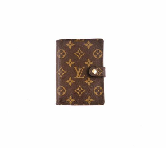 Preload https://img-static.tradesy.com/item/24683304/louis-vuitton-brown-agenda-pm-monogram-canvas-leather-notebook-planner-cover-0-0-540-540.jpg