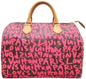 Louis Vuitton Lv Graffiti Speedy 30 Canvas Tote in fuchsia