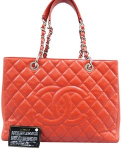 e4e6d323a776 Red Shoulder Bags - Up to 90% off at Tradesy