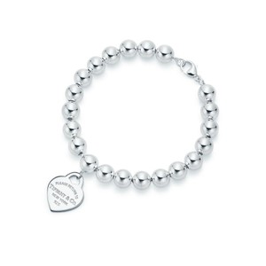 "Tiffany & Co. 8"" Heart tag bead bracelet"