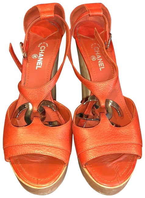Item - Orange Platform Chunky Logo Heels Mules/Slides Size EU 38 (Approx. US 8) Regular (M, B)