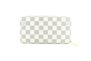 Louis Vuitton Zippie Zip Around Organizer Zippiezippered Wristlet in White