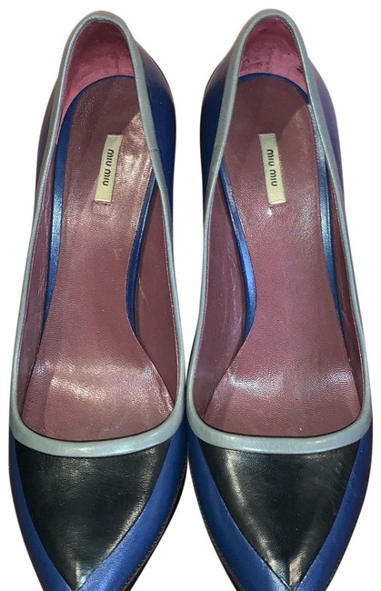 Item - Blue Calzature Donna Pumps Size EU 38 (Approx. US 8) Regular (M, B)