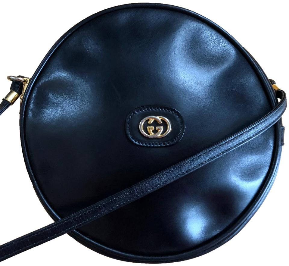8b006a347c91d1 Gucci Rare Vintage Canteen Round Circular Black Leather Shoulder Bag ...